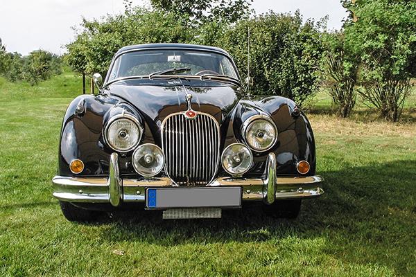 Jaguar XK70 image 02